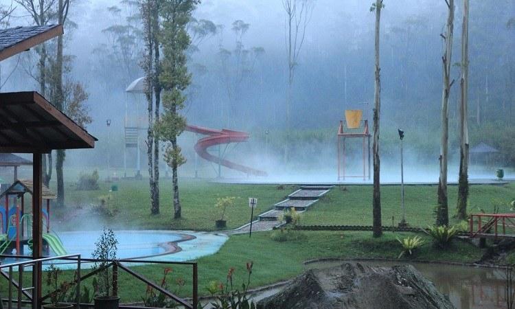 Ranca Upas Bandung - AkuTravel. Sumber: Java Travel