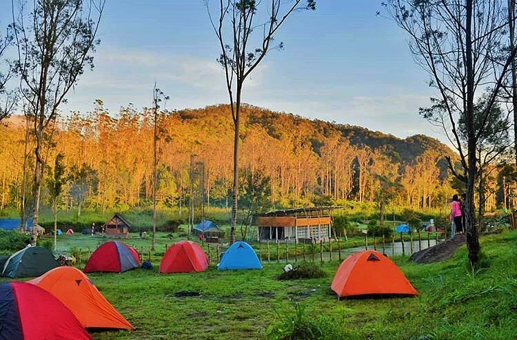 Ranca Upas Bandung - AkuTravel. Sumber: Super adventure