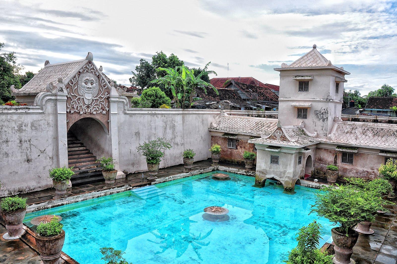Taman Sari Jogja - AkuTravel. Sumber: Tour Yogyakarta