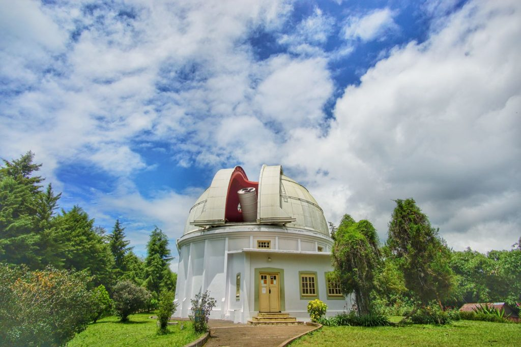 Wisata di Bandung: Bosscha Lembang - AkuTravel. Sumber: Pergi dulu